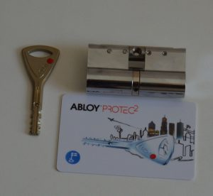 Cilindru Abloy protect2 , card si cheie atasate
